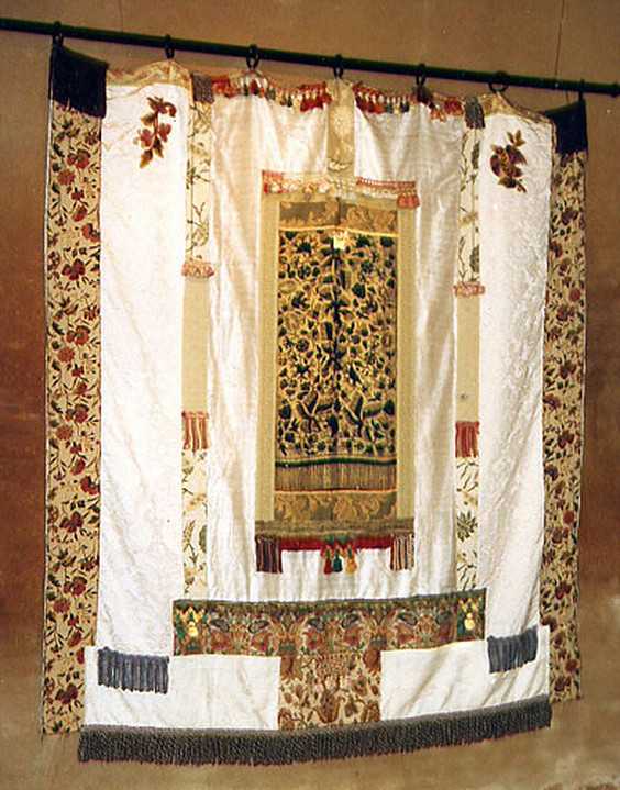 bali-prayer-curtain-x